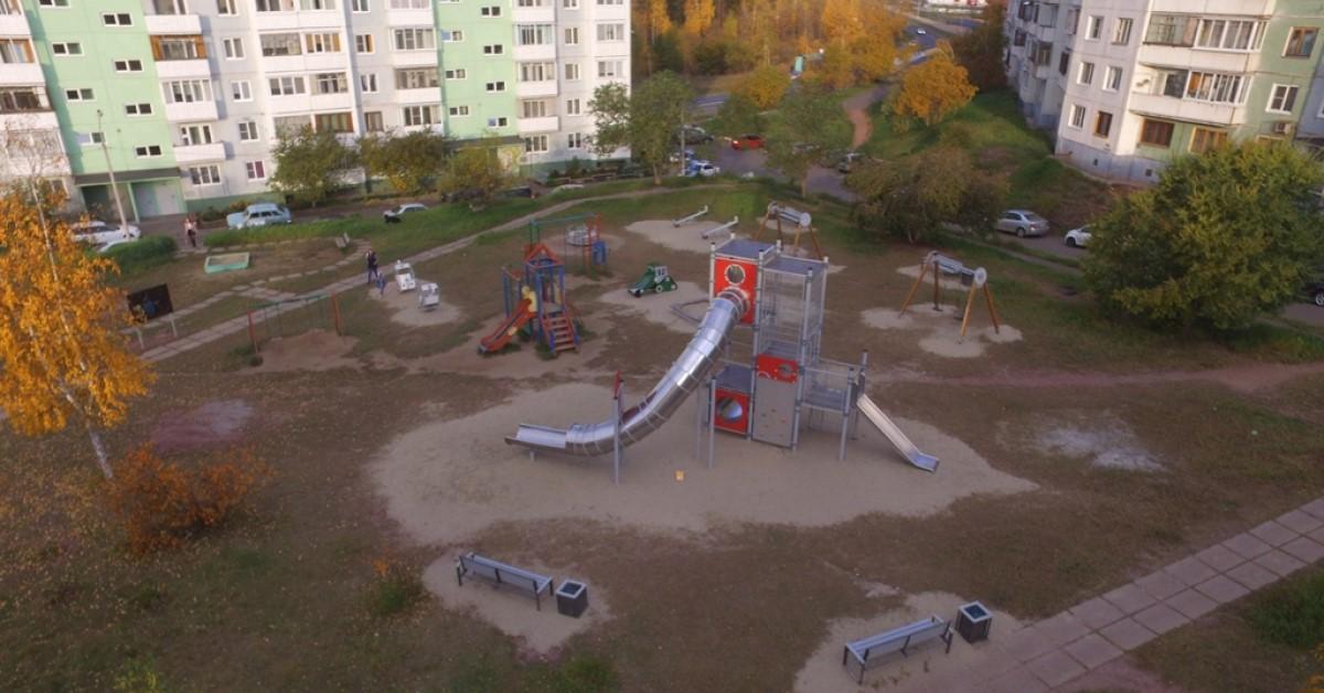 РУСАЛ намерен продолжить благоустройство новых детских площадок в Братске