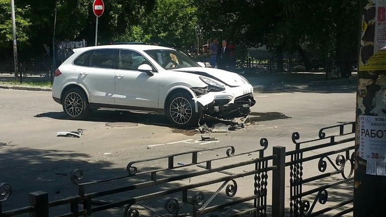 Сразу семь авто столкнулись вИркутске наулице Богдана Хмельницкого
