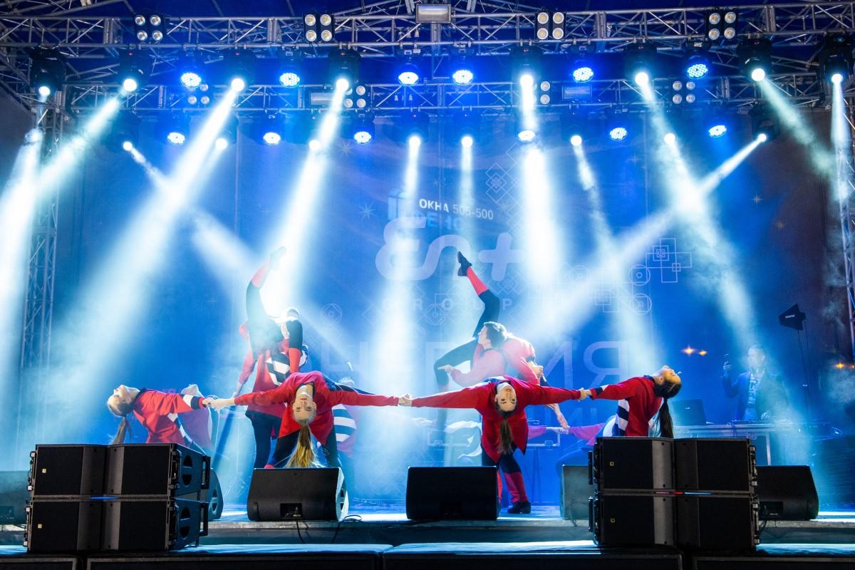 Более 25 тысяч человек собрались на праздничном шоу En+ Group в ИркутскеБолее 25 тысяч человек собрались на праздничном шоу En+ Group в Иркутске